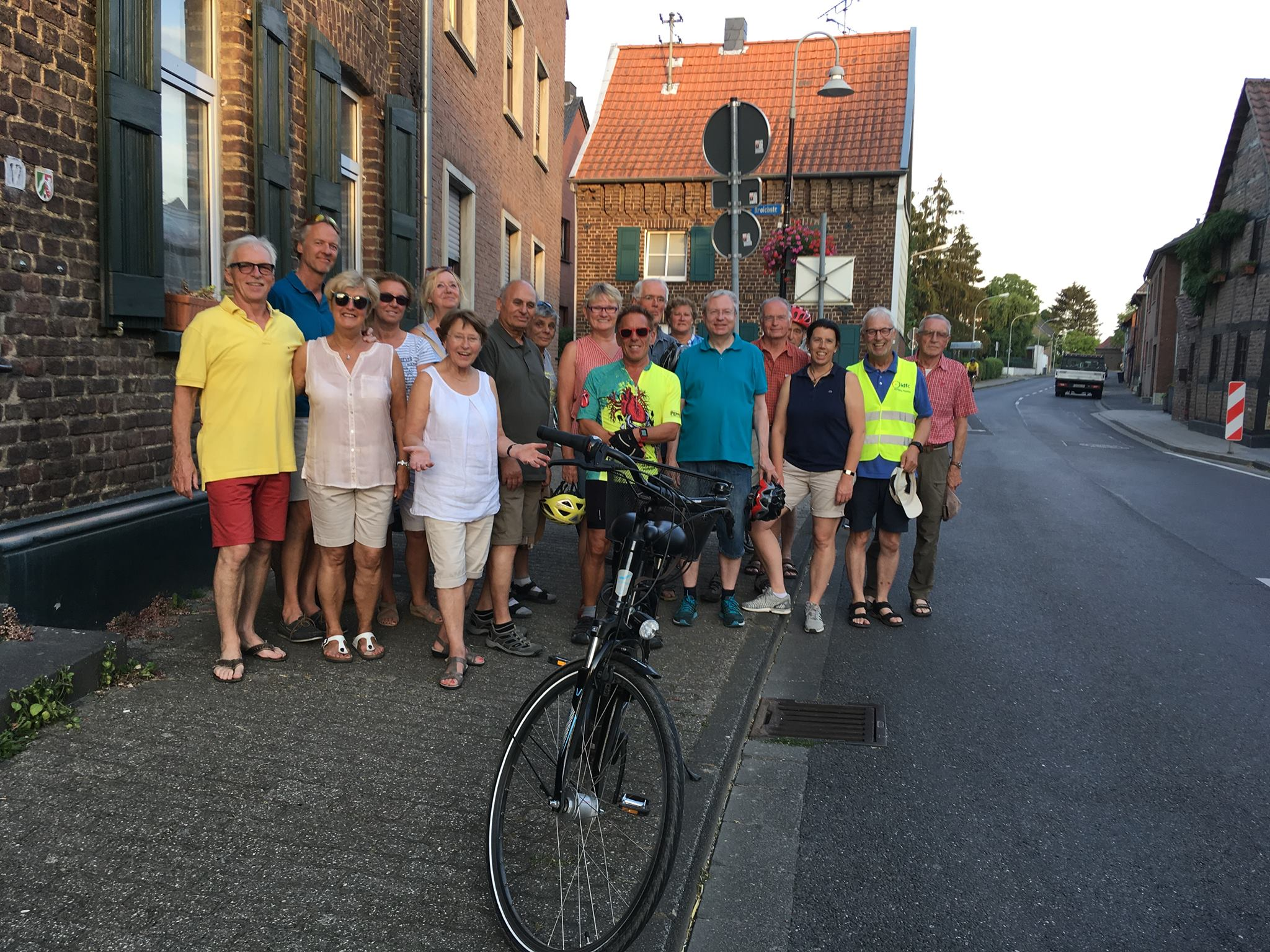 Gemeinsame Geschichts-Radtouren mit dem ADFC Grevenbroich