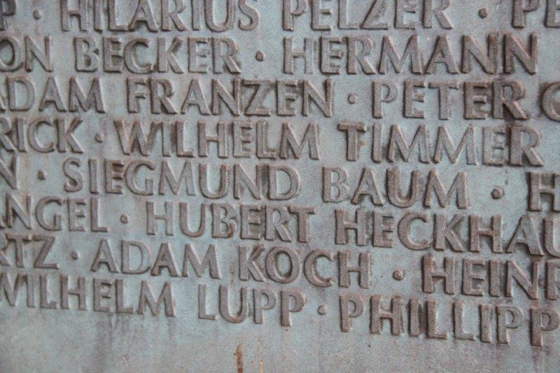 Toten- und Gefallenenehrung der Bruderschaft in Gindorf